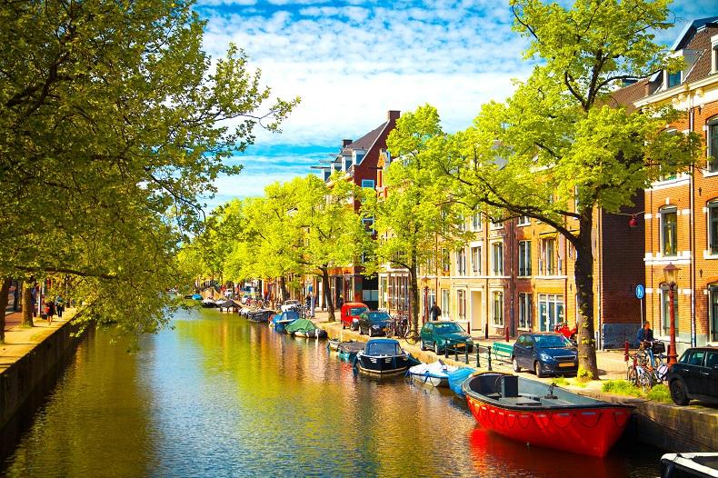 Làm sao để gửi thực phẩm đi Hà Lan với thời gian nhanh nhất?